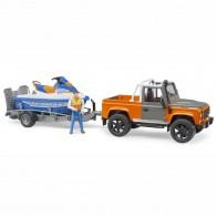 BRUDER 02599 Land Rover Defender Pick up mit Anhänger, Personal Water Craft und Fahrer
