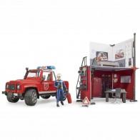 BRUDER 62701 bworld Feuerwehrstation mit Land Rover Defender und Feuerwehrmann