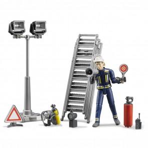 BRUDER 62700 Figurenset Feuerwehrmann mit Atemschutzausrüstung und Zubehör