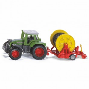 SIKU 1677 Traktor mit Bewässerungshaspel